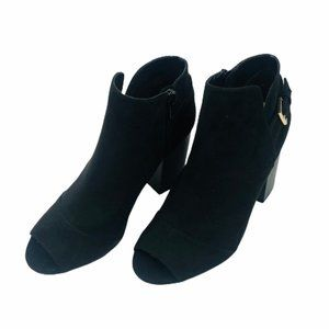 NEW APT.9 Black Suede-Like Ankle Boot Size 8.5